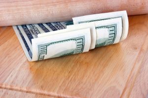 100-dollar bills to pay for movers Leesburg Fl